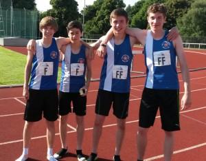 U17 4x400m relay team