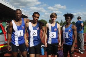 4x400m team