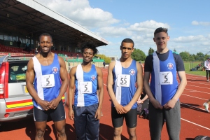 4x100m record holders