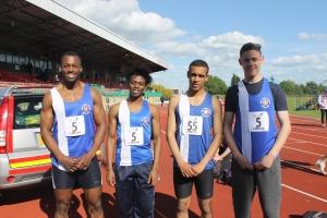 4x100m record holders