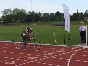 800m WR Finish