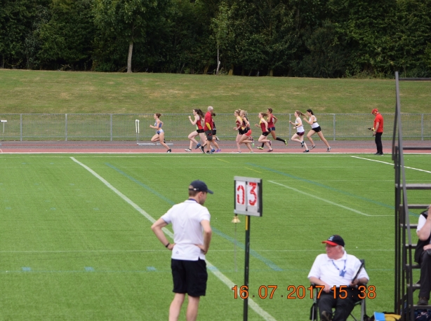 1500m, Katie Ingle